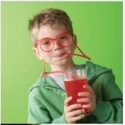 DIY Trinkhalm Brille aus Kunststoff