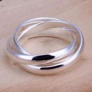 Moderner Ring aus 925 Sterlingsilber