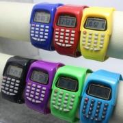 Ausverkauf Elektronischer Taschenrechner Armbanduhr für Kinder