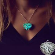 Stylische leuchtender Halskette Damenschmuck mit Herzanhänger