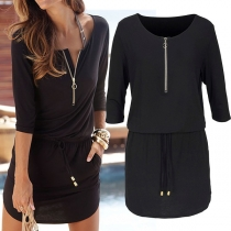 Stilvolle Kleid mit Reißverschluss und Dreiviertelärmeln