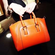 Stilvolle Wunderschöne Handtasche von Süßigkeiten-Farben mit Prägung von Krokodil
