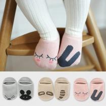 Süße Anti-Rutsch Socken für Kinder, mit Karikatur-Muster
