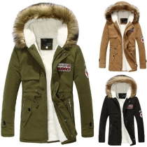 Fashion reine Farbe warme Parka Jacke mit Kapuze mit Kunstpelz