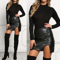 Sexy Minirock mit seitlich versetzter Schnürung - Schwarz