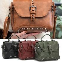 Retro Style Umhängetasche Handtasche mit modischem Nietenbesatz