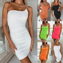 Sexy One-shoulder Solid Color Slim Fit Sling Dress
