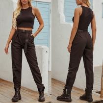 Lässige Hose im Retro-Stil mit Volltonfarbe und Hoher Taille