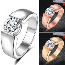 Einfacher Ring für Männer mit Eingelegtem Strass