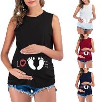 Schönes Ärmelloses Top für während der Schwangerschaft mit Fußabdruck-Motiv