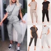 Modernes Einfarbiges Zweiteiliges Set bestehend aus einem T-Shirt mit Kurzen Ärmeln + Hose