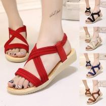 Einfache Sandalen mit Freien Zehen und Flachen Absätzen