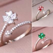 Fashion Rhinestone Inlaid Four Leaf Clover Shaped Ring