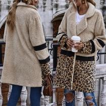 Moderner Mantel aus Plüsch mit Leopardenmuster Langen Ärmeln und Gekerbtem Revers