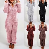 Moderner Pyjama Overall mit Volltonfarbe Langen Ärmeln und Kapuze
