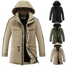 Moderne Gefütterte Jacke für Herren mit Volltonfarbe Langen Ärmeln und Kapuze