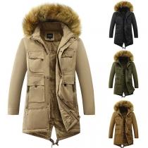 Warme Gepolsterte Jacke für Herren mit Kapuze mit Kunstpelz und Plüschfutter