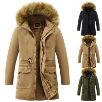 Warme Gepolsterte Jacke für Herren mit Plüschfutter mit Kapuze mit Kunstpelz und Tunnelzug