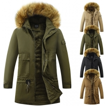 Einfache Gepolsterte Jacke für Herren mit Langen Ärmeln und Kapuze mit Kunstpelz