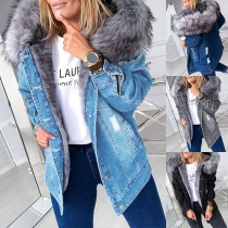 Moderne Jeansjacke mit Kapuze mit Kunstpelz und Langen Ärmeln
