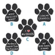 Niedliche Brosche in Cartoon-Hundepfoten-Form