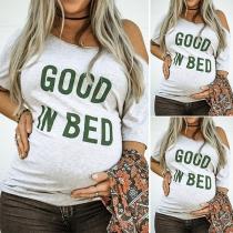Modernes mit Worten Bedrucktes Schwangerschafts-T-Shirt mit Kurzen Ärmeln und Schräger Schulter