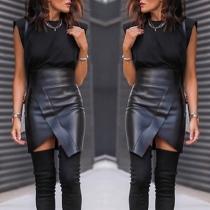 Mode Kunstlederrock mit Hoher Taille Volltonfarbe Unregelmäßigem Saum und Schlitz