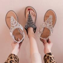 Sandalen im Böhmischen Stil mit Flachen Sohlen