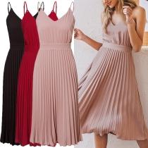 Sexy Kleid mit Freiem Rücken V-Ausschnitt Hoher Taille Plissiertem Saum Volltonfarbe und Trägern