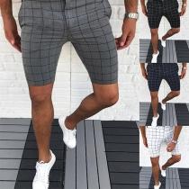Modernes Knielange Karierte Shorts für Herren mit Mittlerer Taille und Schlanker Passform