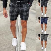 Modische Karierte Shorts für Herren mit Mittlerer Taille und Schlanker Passform