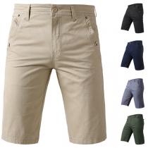 Lässige Knielange Shorts für Herren mit Schrägen Taschen Volltonfarbe und Mittlerer Taille