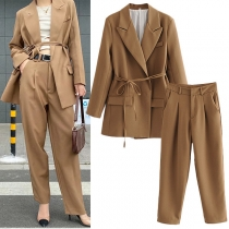 Stilvoller Hosenanzug in Volltonfarbe bestehend aus einem Blazer mit Langen Ärmeln + Hose mit Hoher Taille