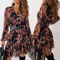 Nettes Kleid mit Langen Ärmeln V-Ausschnitt Rüschen am Saum und Schickem Muster (Der Hüftgurt ist nicht im Lieferumfang enthalten)