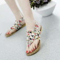 Bohemian Style Floral Print Flat Heel Thong Sandals