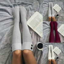 Kuschelige warme lange gestrickte Socken