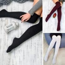 Stylische Damen Overknees Stricksocken mit Zopfmuster
