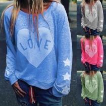 Sweatshirt mit Herz Motiv und Logoschriftzug