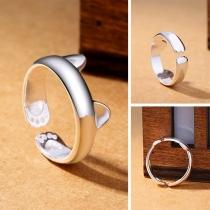 Ring in geöffneter Optik mit kleinen Katzenöhrchen