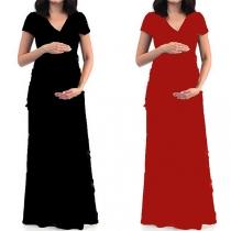 Elegantes Umstandskleid mit Volltonfarbe Kurzen Ärmeln und V-Ausschnitt