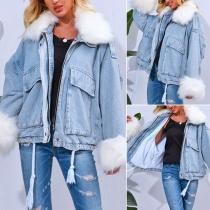 Moderne Jeansjacke mit Kunstpelzkragen und Langen Ärmeln
