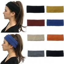 Modernes Gestricktes Stirnband mit Volltonfarbe