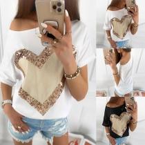Modernes T-Shirt mit Pailletten Herzmotiv Kurzen Ärmeln und Rundhalsausschnitt