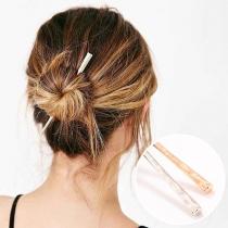Einfache Haarnadel aus Aluminium in Stäbchenform