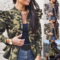 Moderne Jacke mit Tarn- / Leopardenmuster Langen Ärmeln Stehkragen und Rüschen