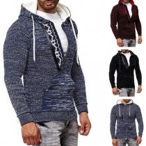 Moderner Kapuzenpullover für Herren mit Gemischten Farben und Langen Ärmeln
