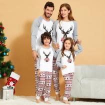 Nettes Pyjamas-Set für Eltern und Kinder mit Weihnachtlichem Elchmotiv