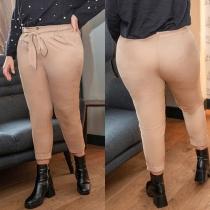 Moderne Hose in Volltonfarbe mit Hoher Taille und Schlanker Passform