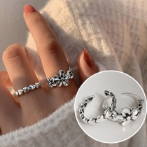 Offener Ring im Frischen Stil in Gänzeblümchen- / Herzform