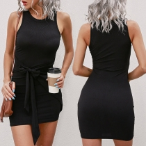 Simple Style Sleeveless Round Neck Solid Color Lace-up Slim Fit Dress